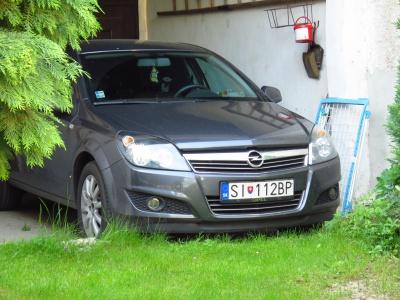 Opel- Astra Combi
